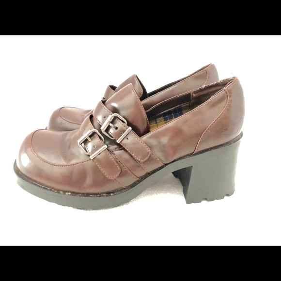 37c8f7091c7 Skechers Shoes | Vtg 1990s Chunky Brown Block Heel Loafers Size 7 ...